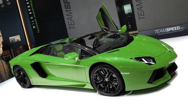 El Lamborghini Aventador Roadster podría estar en camino
