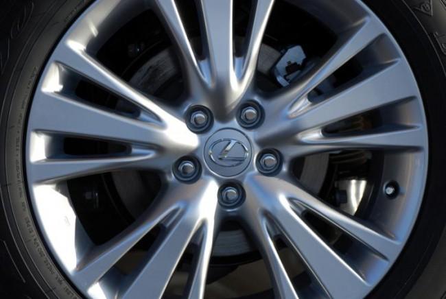 Lexus pone en marcha el Servicio Integral de Neumáticos