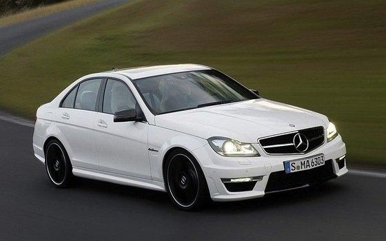 Comparativa: Audi, Bmw, Mercedes-Benz. A4, Serie 3 y Clase C