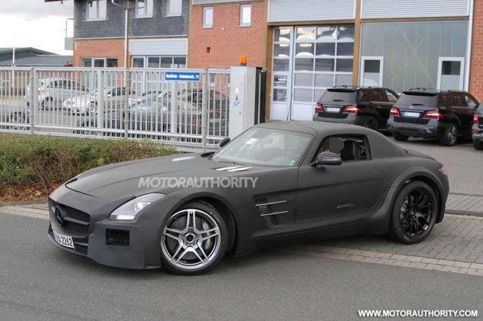 Mercedes ya prueba el SLS AMG Black Series