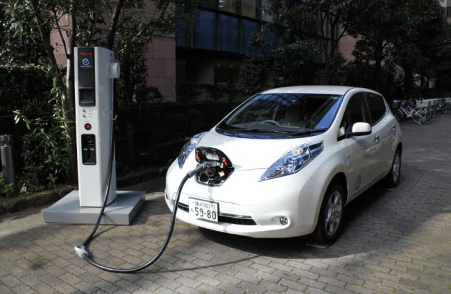 Más cargadores en Europa cortesía de Nissan