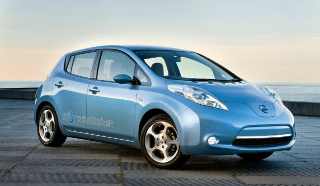 Nissan instalará 43 puntos de carga rápida para coches eléctricos