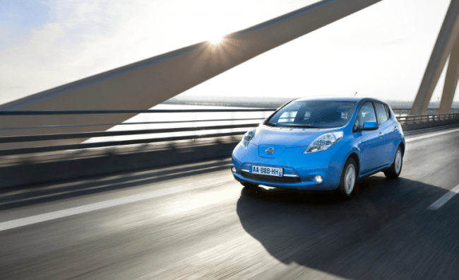 Nissan Leaf protagonista en Garmin Barcelona Triathlon