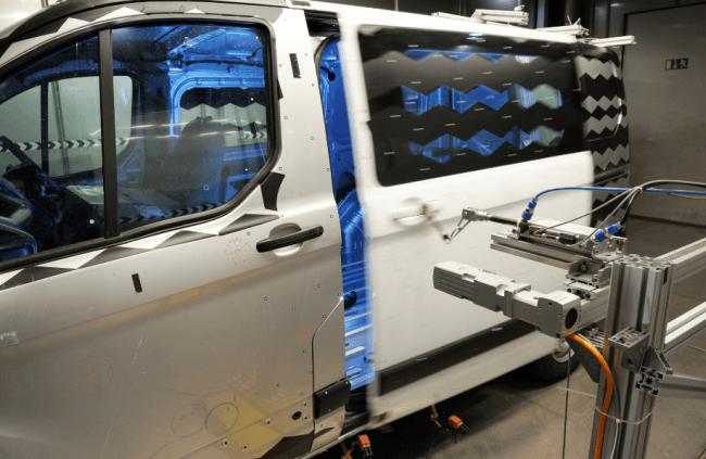 Más de medio millón de portazos avalan la robustez de la nueva Ford Transit