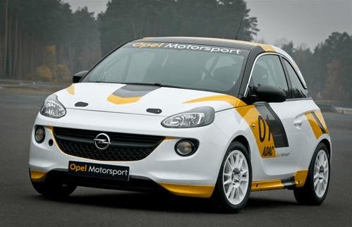 Opel vuelve a las pistas con el ADAM