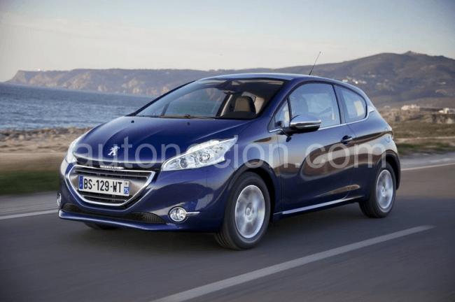 Peugeot 208 finalista del 'Car of the Year' 2013