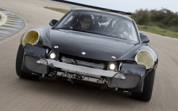 Porsche pasea a potenciales clientes en el 918 Spyder