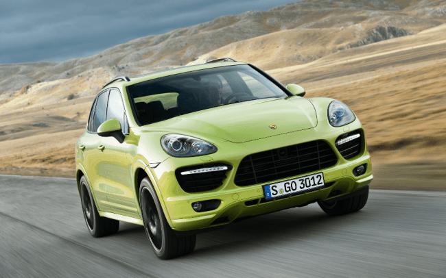 La marihuana nunca muere gracias a los faros de Xenon de Porsche