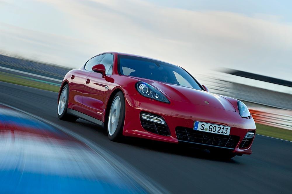Nuevo Porsche Panamera GTS, la berlina pensada para circuitos