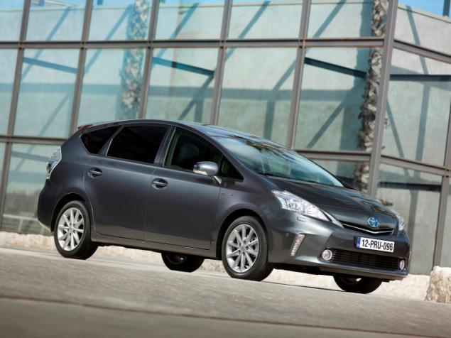 Más sobre el monovolumen híbrido: Nuevo Toyota Prius+