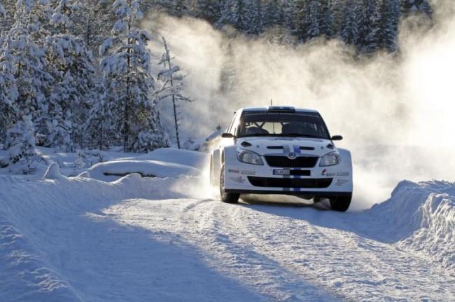 Victoria de Sébastien Ogier en la Clase S del Rallye de Suecia
