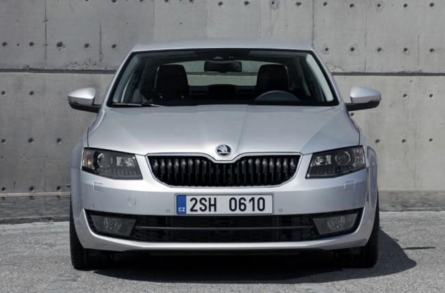 Nuevo Škoda Octavia: todo mejora y mantiene la relación calidad-precio