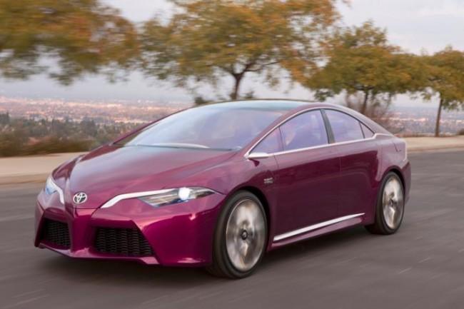 El nuevo prototipo híbrido enchufable de Toyota